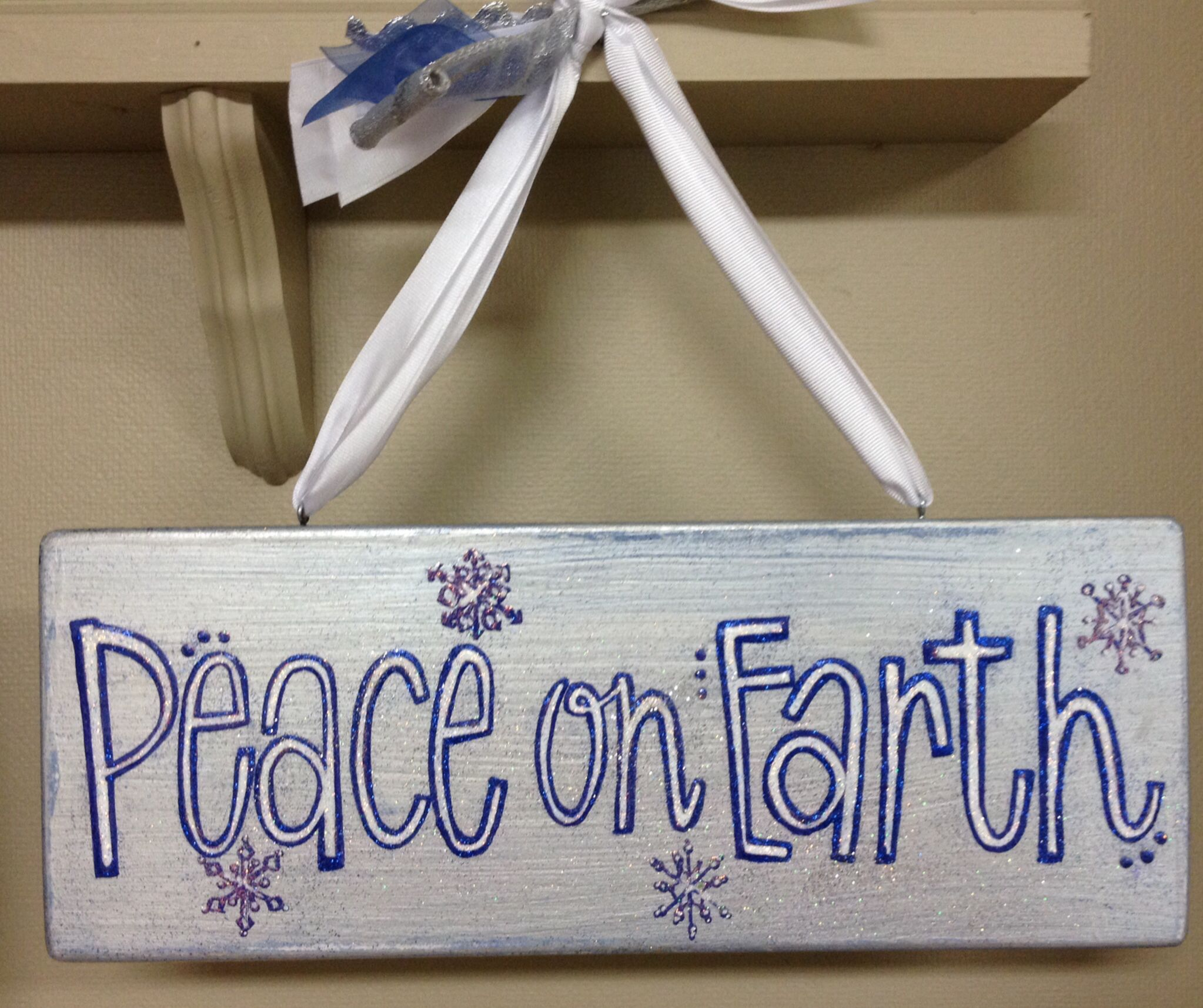 Hand-painted Holiday Sign by Peggy Prissylilybypeggy@gmail.com