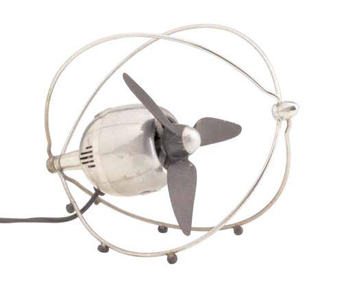 VE 505, Ezio Pirali, Fabbriche Elettrotecniche Riunite / Zerowatt, 1952, courtesy Collezione Permanente Triennale Design Museum _ Grande serie: programmi e sorprese