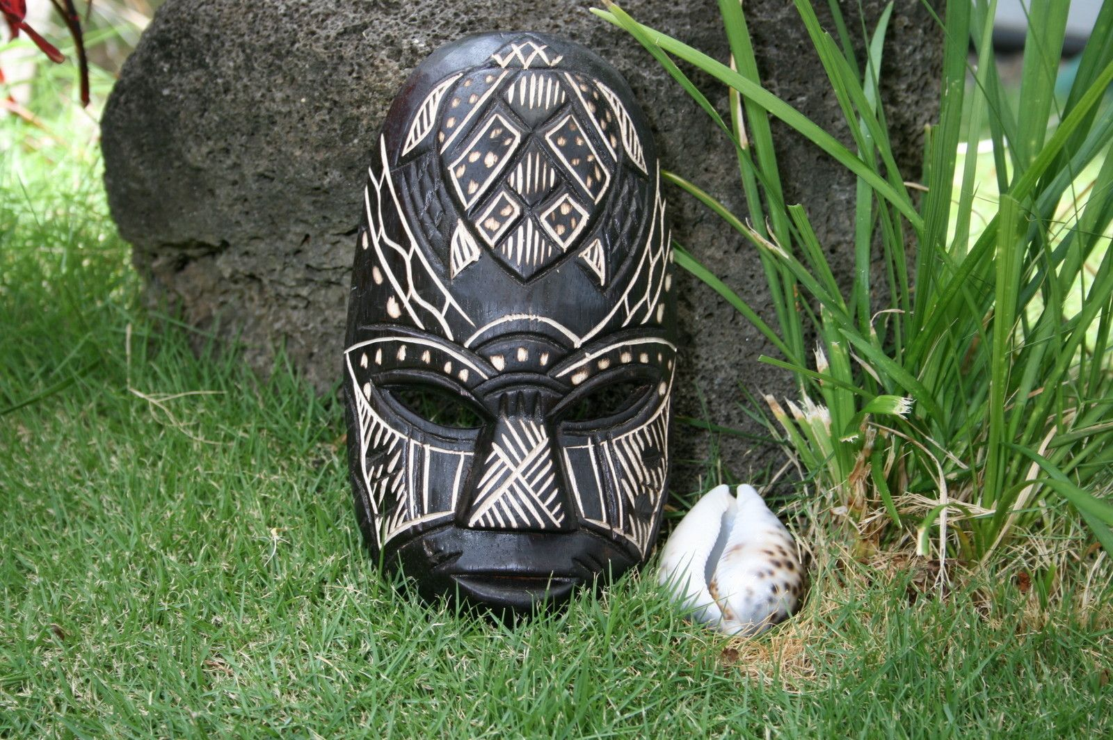 Fijian Tiki mask with carved turtle