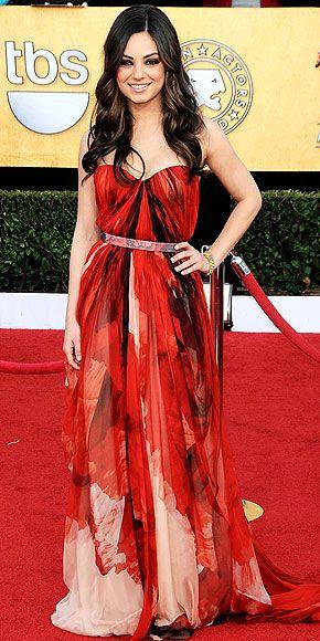 Mila Kunis // Golden Globes  #AlexanderMcQueen