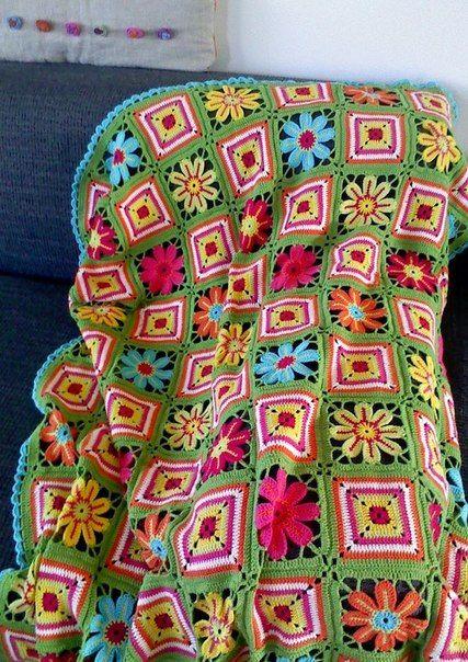 """Crochet Knitting Handicraft: Plaid """"Flower meadow."""""""