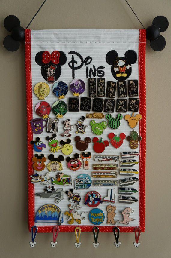 Pin Display With Mickey & Minnie - Trading Pin Display - Pin