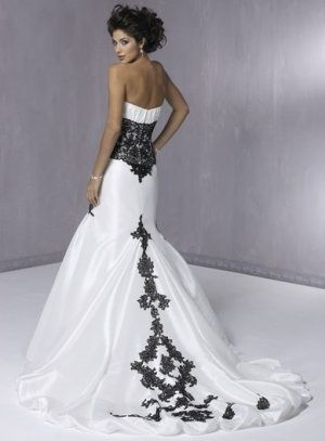 Who Says It S Bad Luck To Wear Black At A Wedding I Think This Dress Is Fantastic White And Black Lace Wedding Dress Black Lace Wedding Black Wedding Dresses
