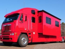 1 Freightliner Argosy For Sale On Jamesedition Big Rig Trucks Freightliner Trucks Freightliner