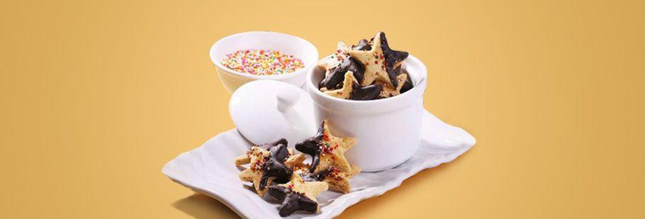 Almond Celup Cokelat Cookies   Blue Band Indonesia