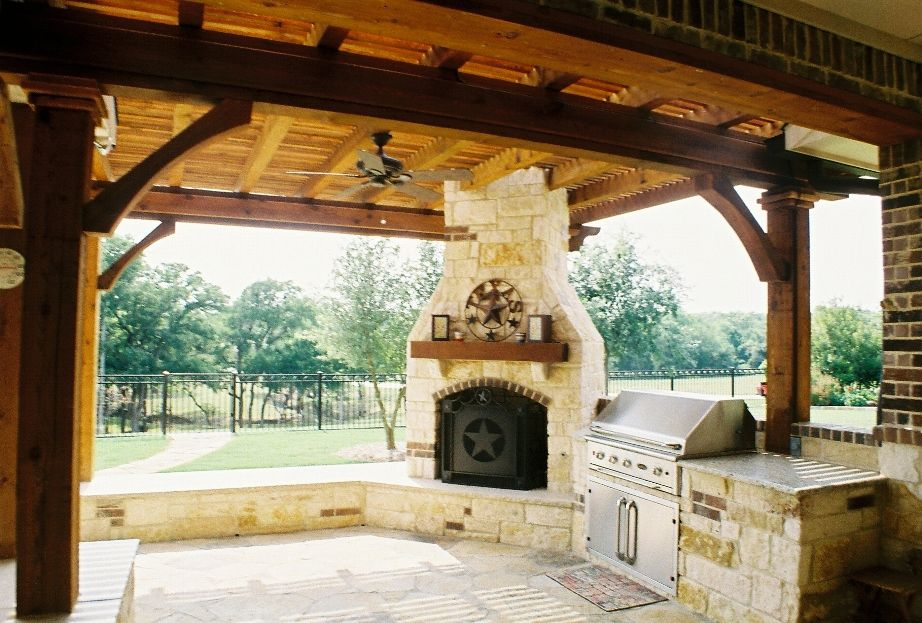 Outdoor kitchens pictures outdoor kitchens custom for Dallas outdoor kitchen designs