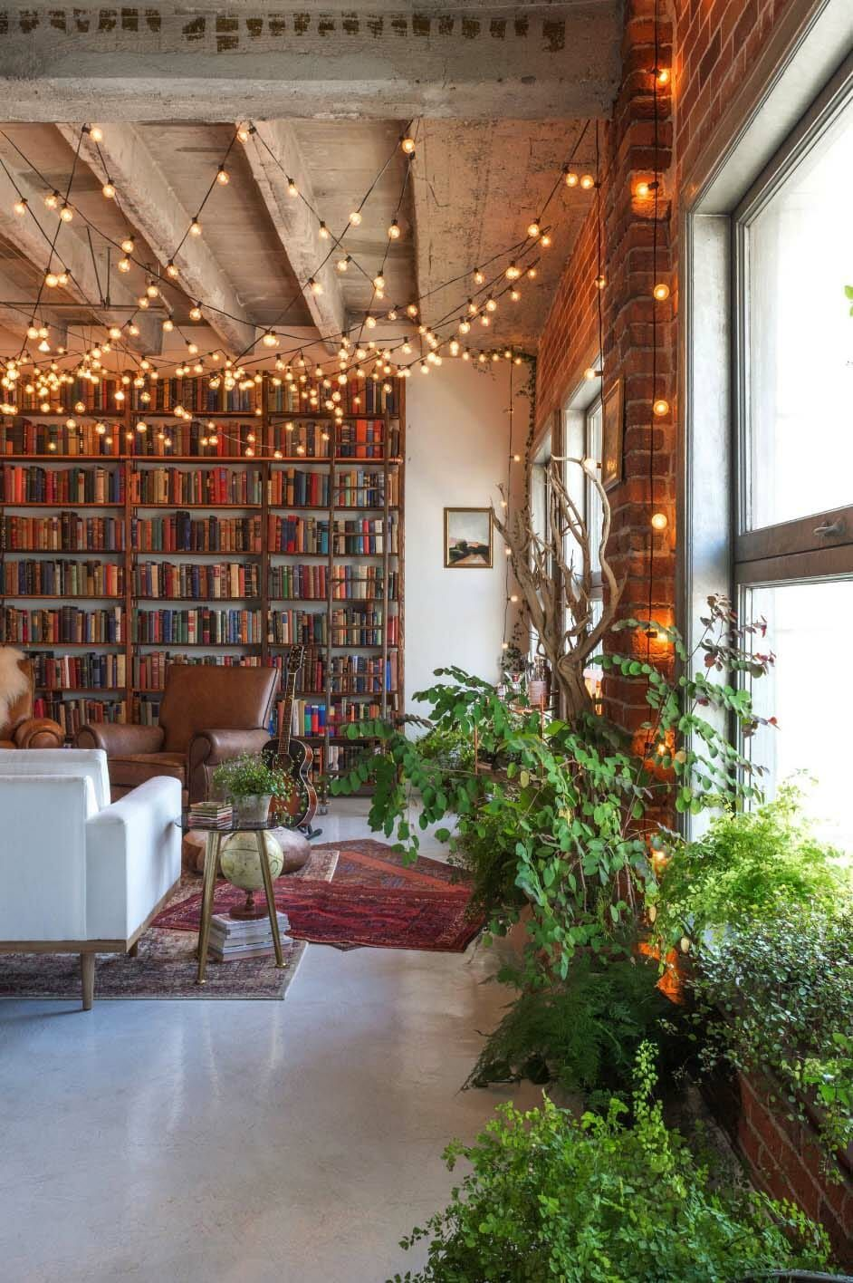 Small book-filled loft in downtown Los Angeles offers a ...