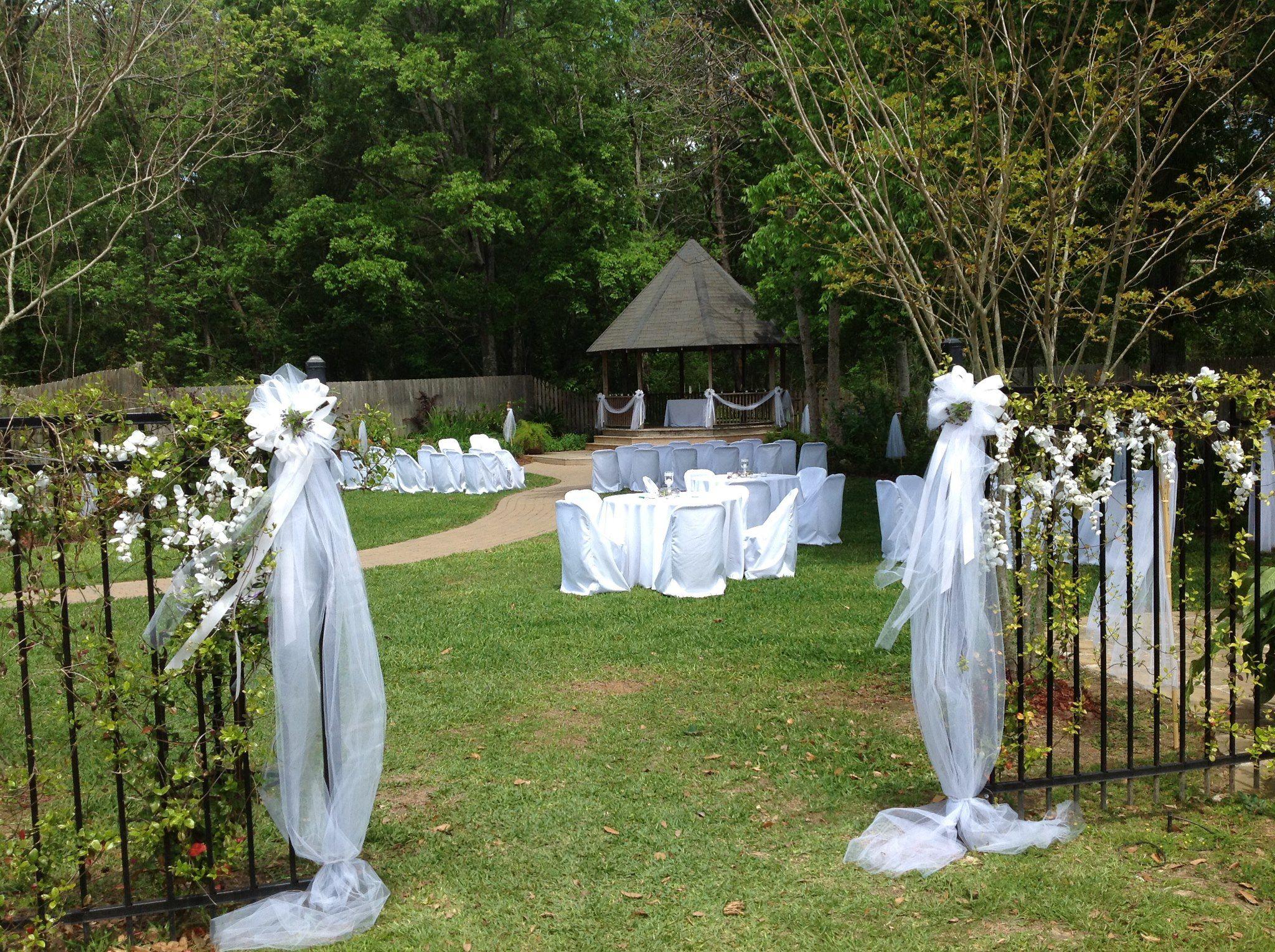 A Wedding Setup In Our Gardens At Magnolia Court Lafayette Louisiana LouisianaReception