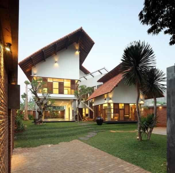 Indonesian Modern Tropical Architecture