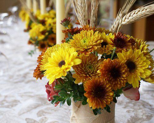 Image: falltable13.jpg - LoveToKnow Weddings