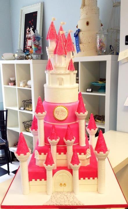 Castle Cake Im A little Fat Girl On the Inside Pinterest Cake