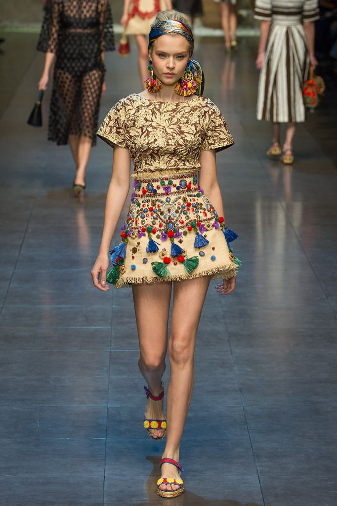 Dolce & Gabbana Spring 2013 Ready-to-Wear Collection Slideshow on Style.com loveeeeee