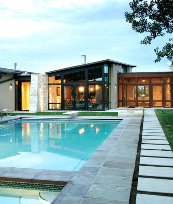 14 Comfortable And Modern Backyard Pool Ideas | Home ...