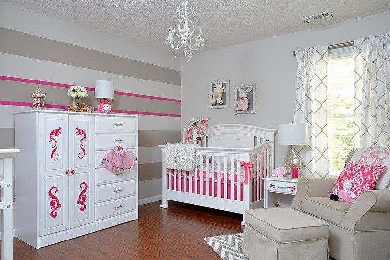 babyzimmer einrichten ideen madchen. Black Bedroom Furniture Sets. Home Design Ideas