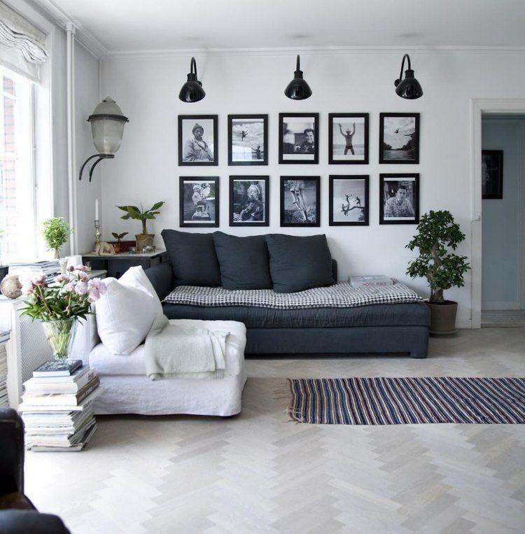 Cadres Photos Noir Et Blanc Et Appliques Dans Le Salon Vintage Scandinave Deco Noir Et Blanc Deco Decoration Murale Salon