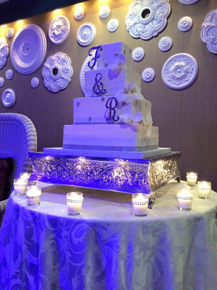 Regency Hotel Party Table Centerpieces Beautiful Cakes Banquet