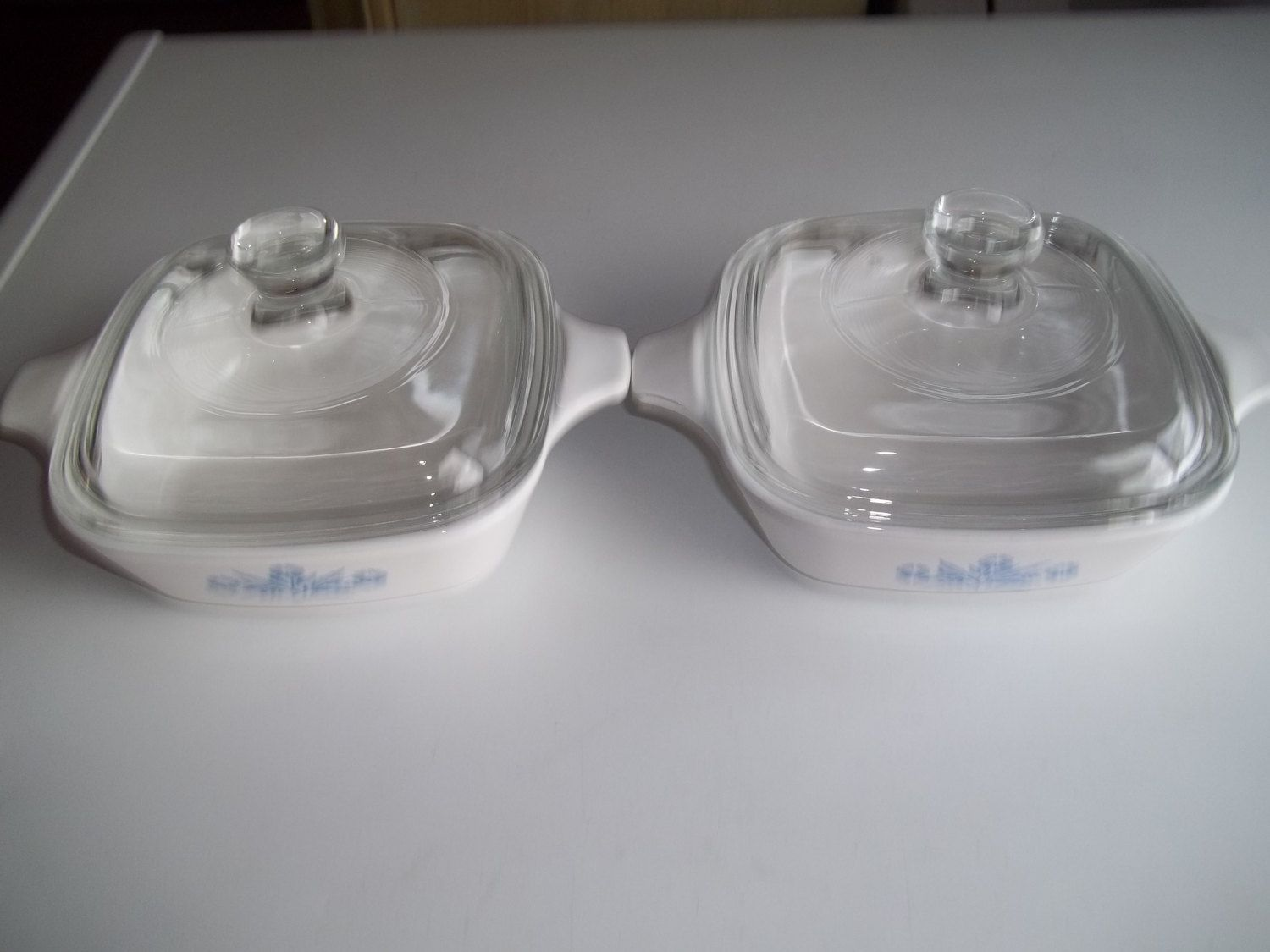 2 Corning Ware Petite Pan P 41 B 1 34 Cup Corn Flower With Lids By