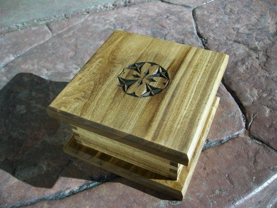 Wood Box Primitive Style by rWilliamColeman on Etsy