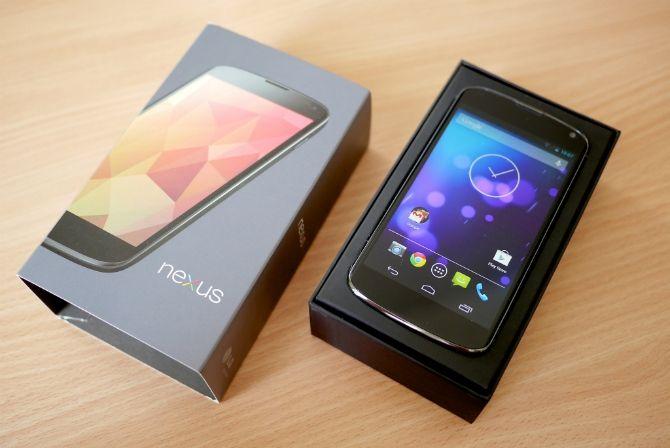 Acabamos de entrar en el otoño y eso quiere decir, desde hace unos años, que tenemos nuevo teléfono Nexus a la vista. Este año esperamos el Nexus 6, Nexus X o incluso Moto Shamu, como termine llamándose, y esperamos también que su increíble antecesor, el gran Nexus 5, nos diga adiós.