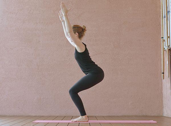 https://www.yogaeasy.de/artikel/3-asanas-fuer-schoene-beine