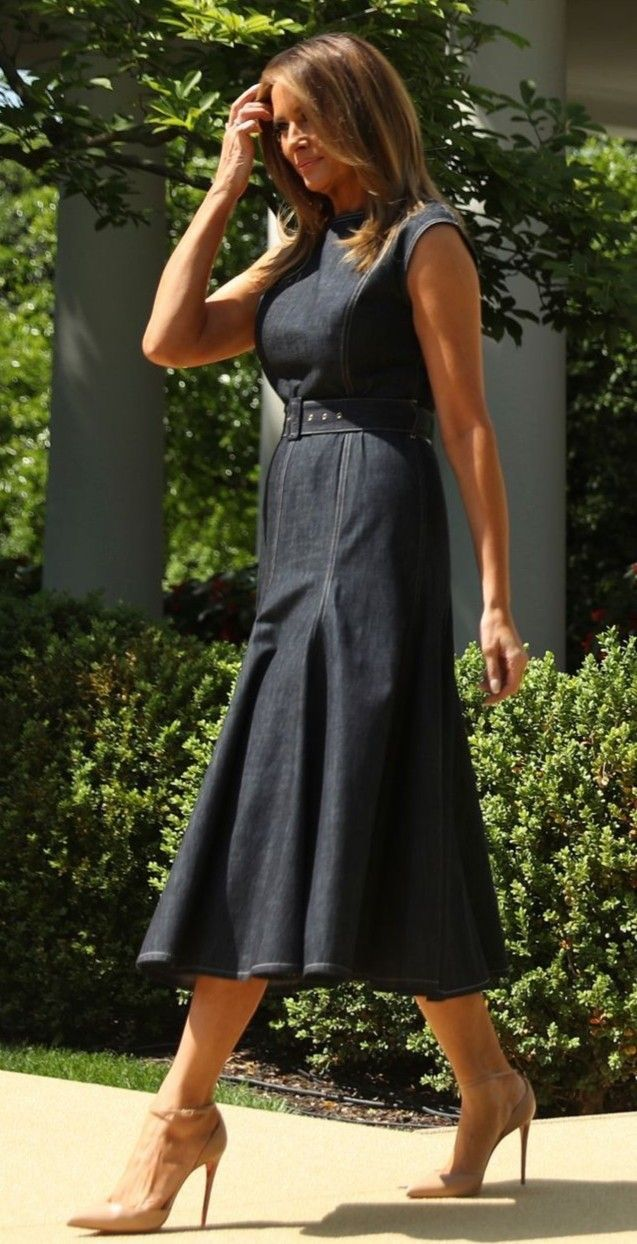 Melania in the Rose Garden Trump fashion, Ladies day
