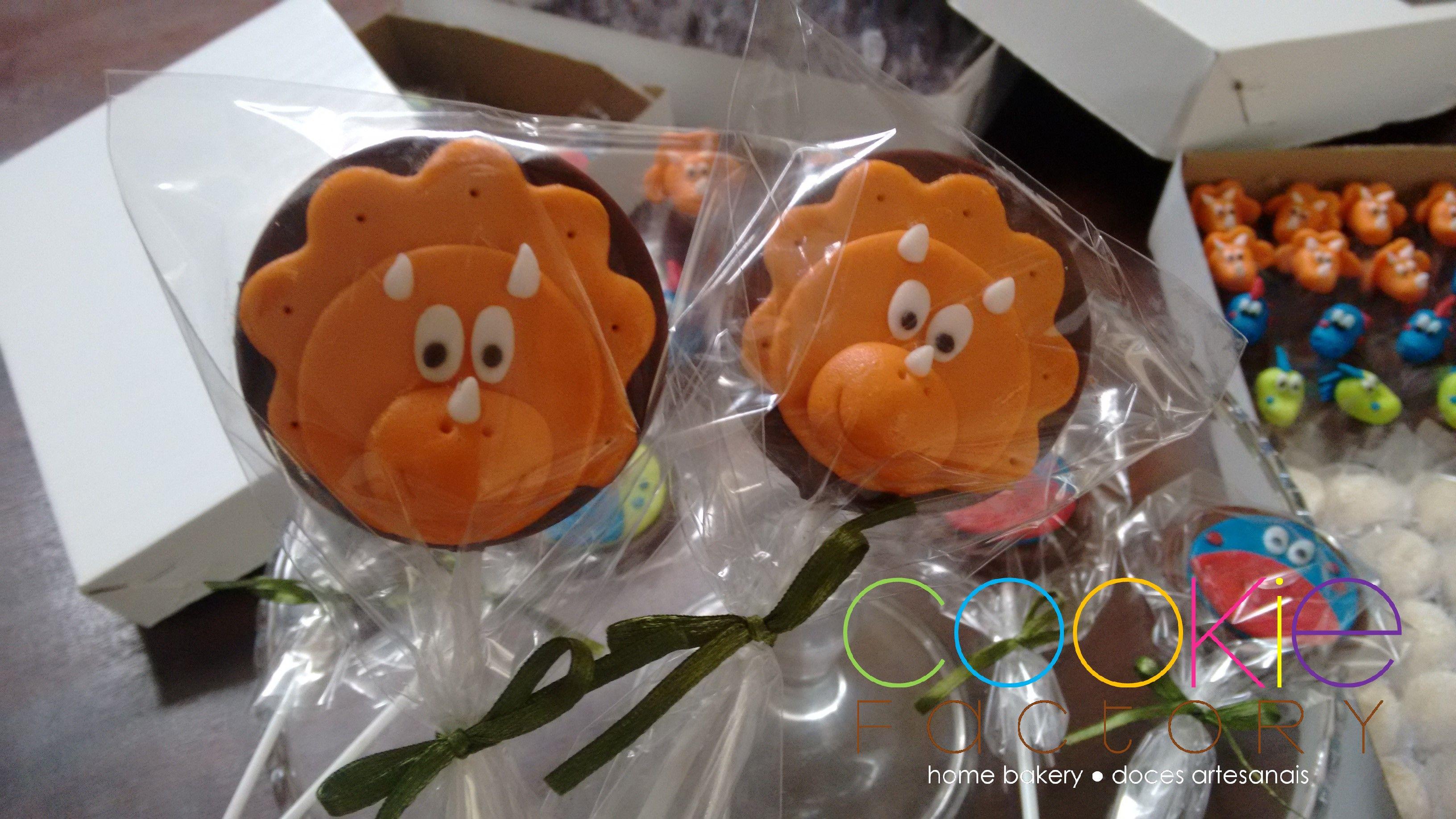 pirulitos de chocolate decorados - tema dinossauro  99cba3c20d3