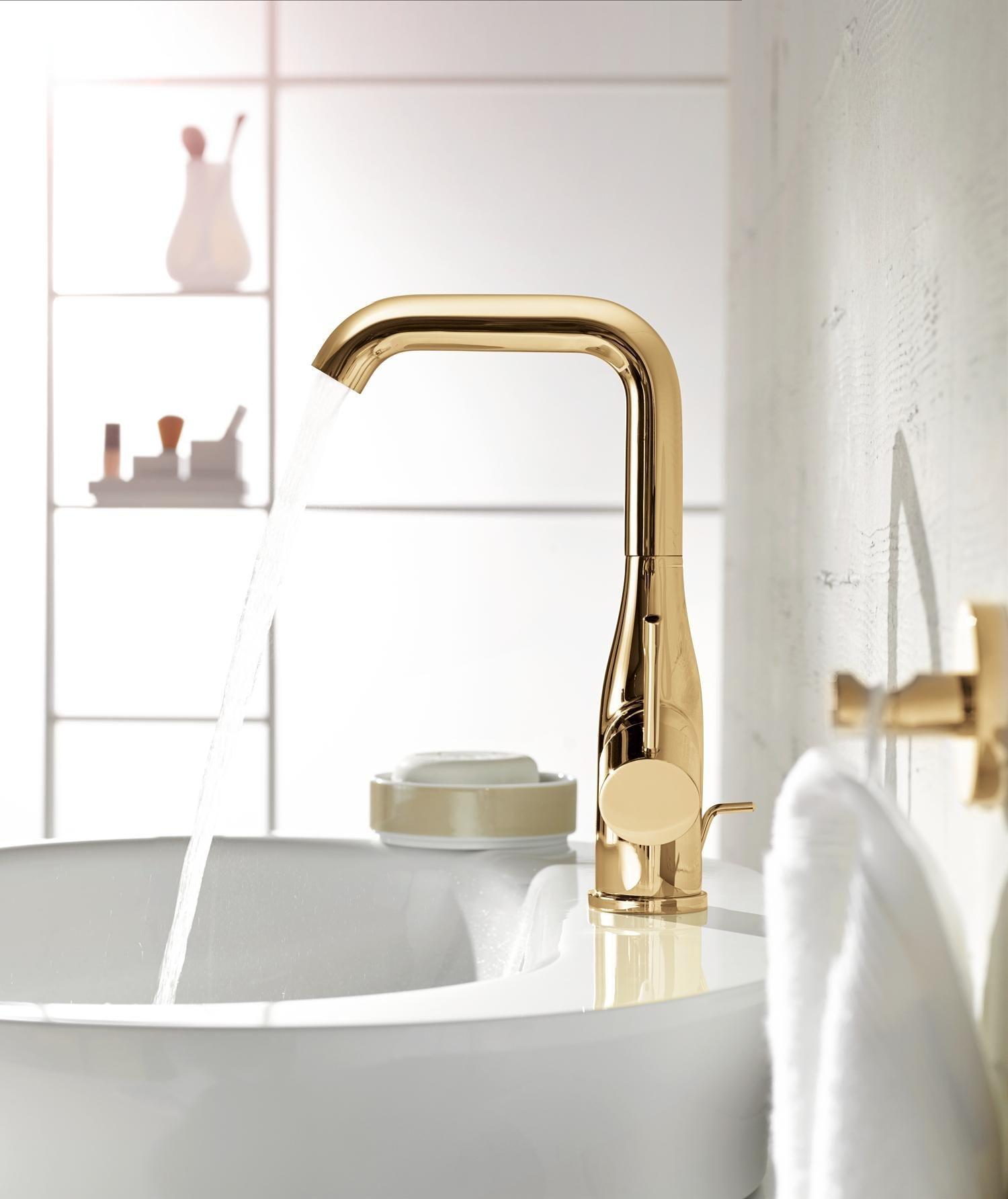 Grohe Essence kraan voor de wastafel voor een klassieke badkamer ...