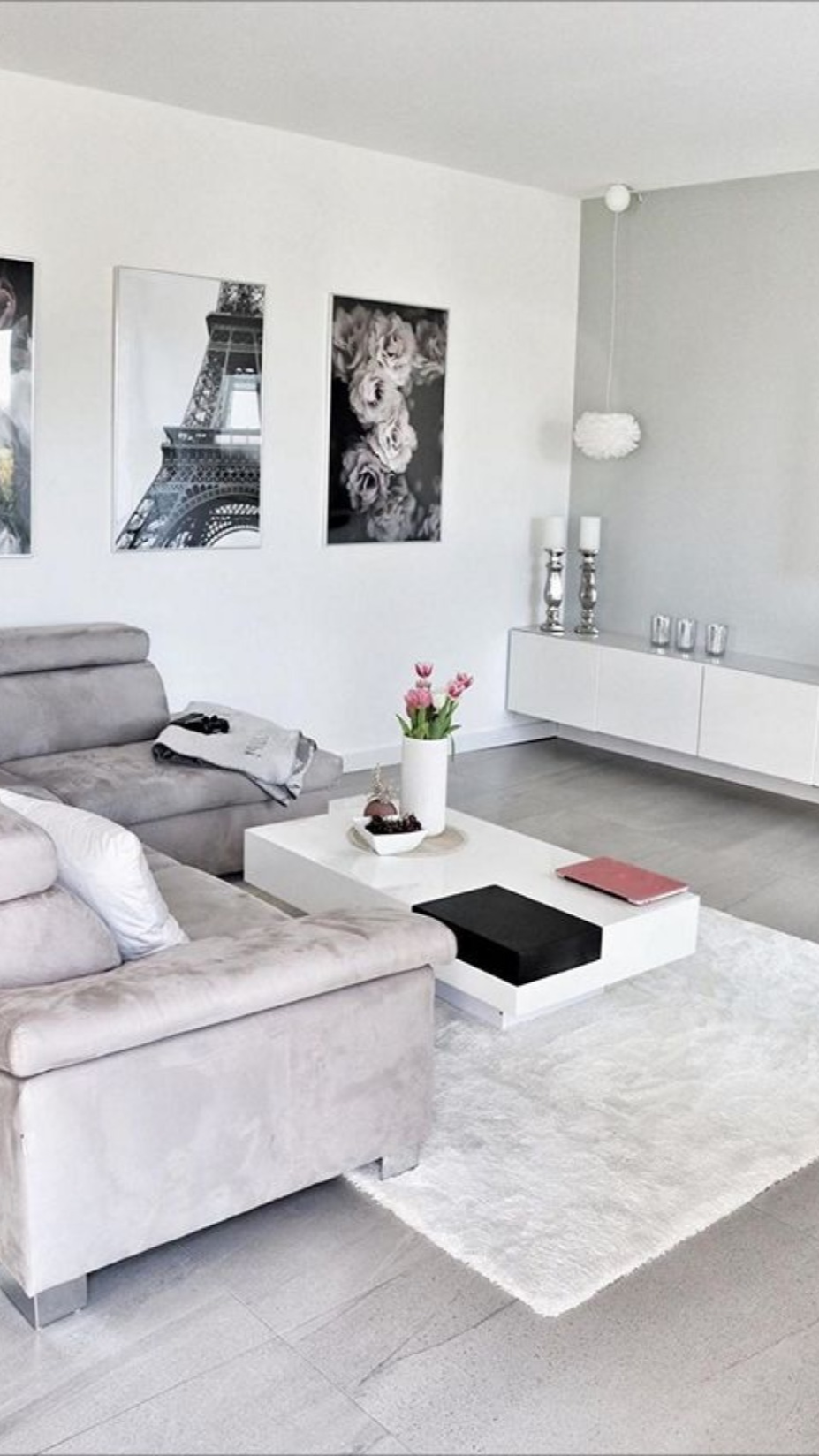 Loving the new look of the wall inside this relaxing living room