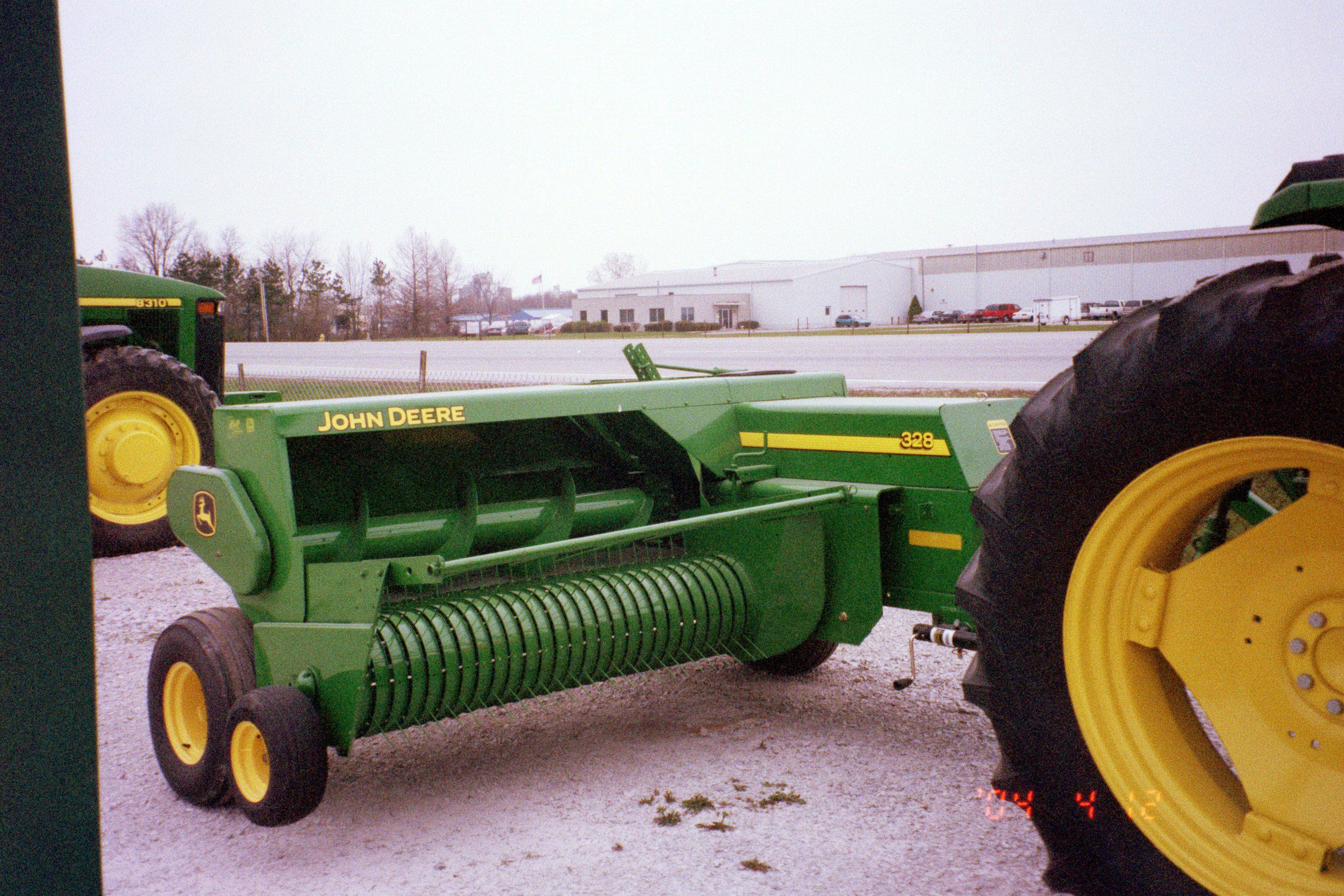 John Deere 328 square baler | JD Farm Equip-my pictures