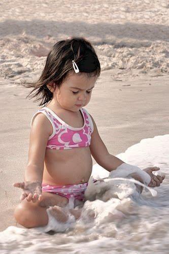 Beach Girl in Pink - sand & surf