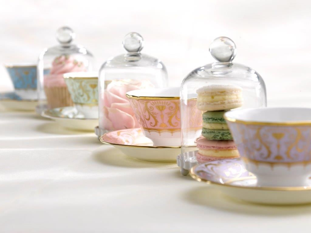 Add pastel into your tableware by using a mix of metallic and pop pastel colours to create a wonderful contemporary look. Use classical shapes to bring a hint of vintage style. The Darley Abbey Harlequin pattern from Royal Crown Derby uses a classic British shape and pattern but creates a contemporary edge by using pop pastel colours in green, blue and pink, with a hint of metallic 22 carat gold perfect for this style.