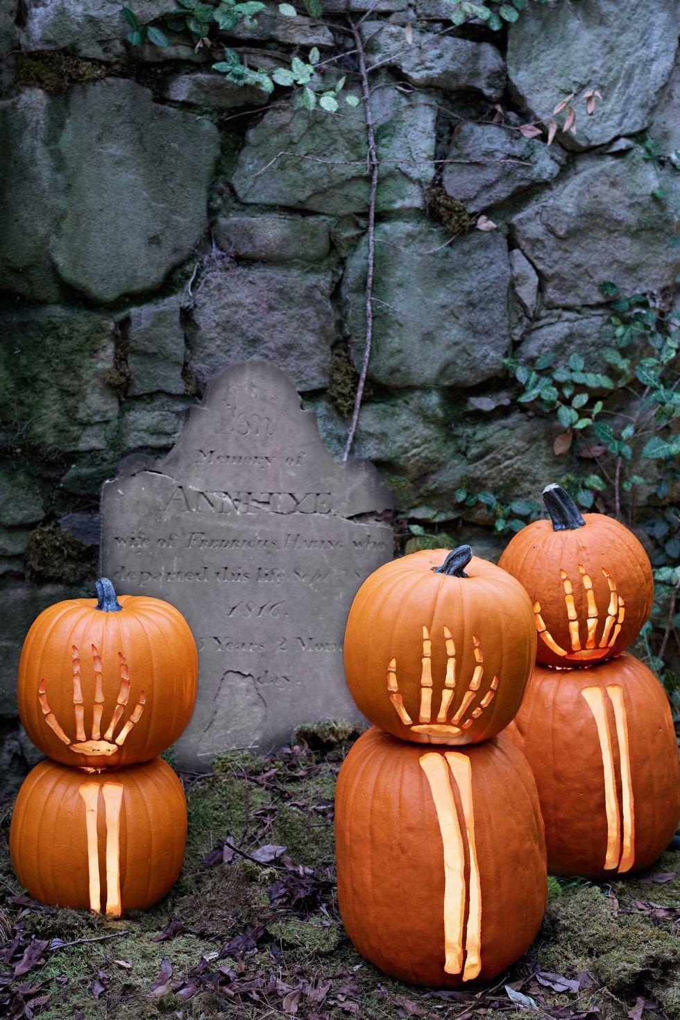 30+ Best Outdoor Halloween Decoration Ideas - Easy Halloween Yard - outdoor halloween decorating ideas