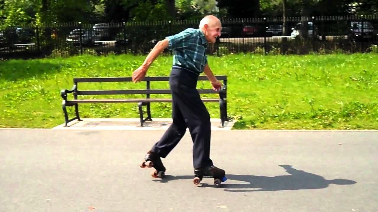 How To Use A Roller Skate Safely#rollerskating #rollerbladinghttp://rollerskatesreviews.com/how-to-use-a-roller-skate-safely/