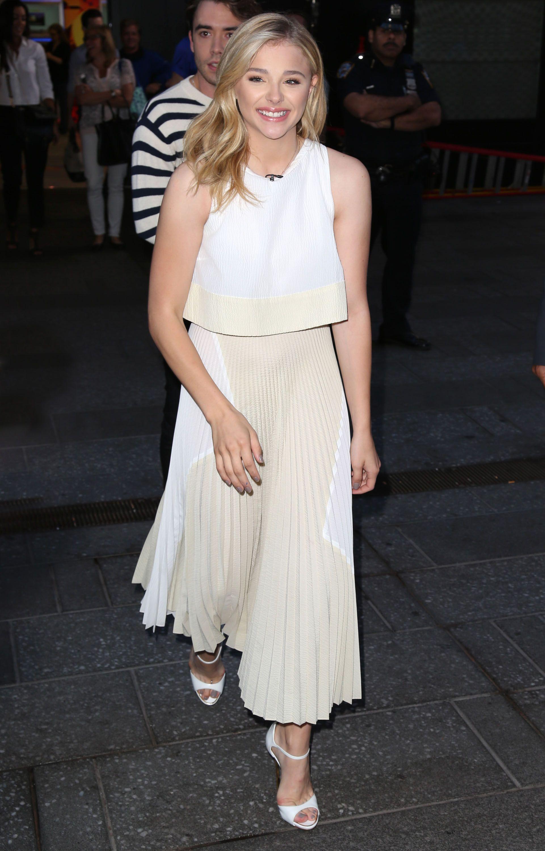 b468a5cc9b8 Chloë Grace Moretz Hit Us With a Fashion Double Whammy