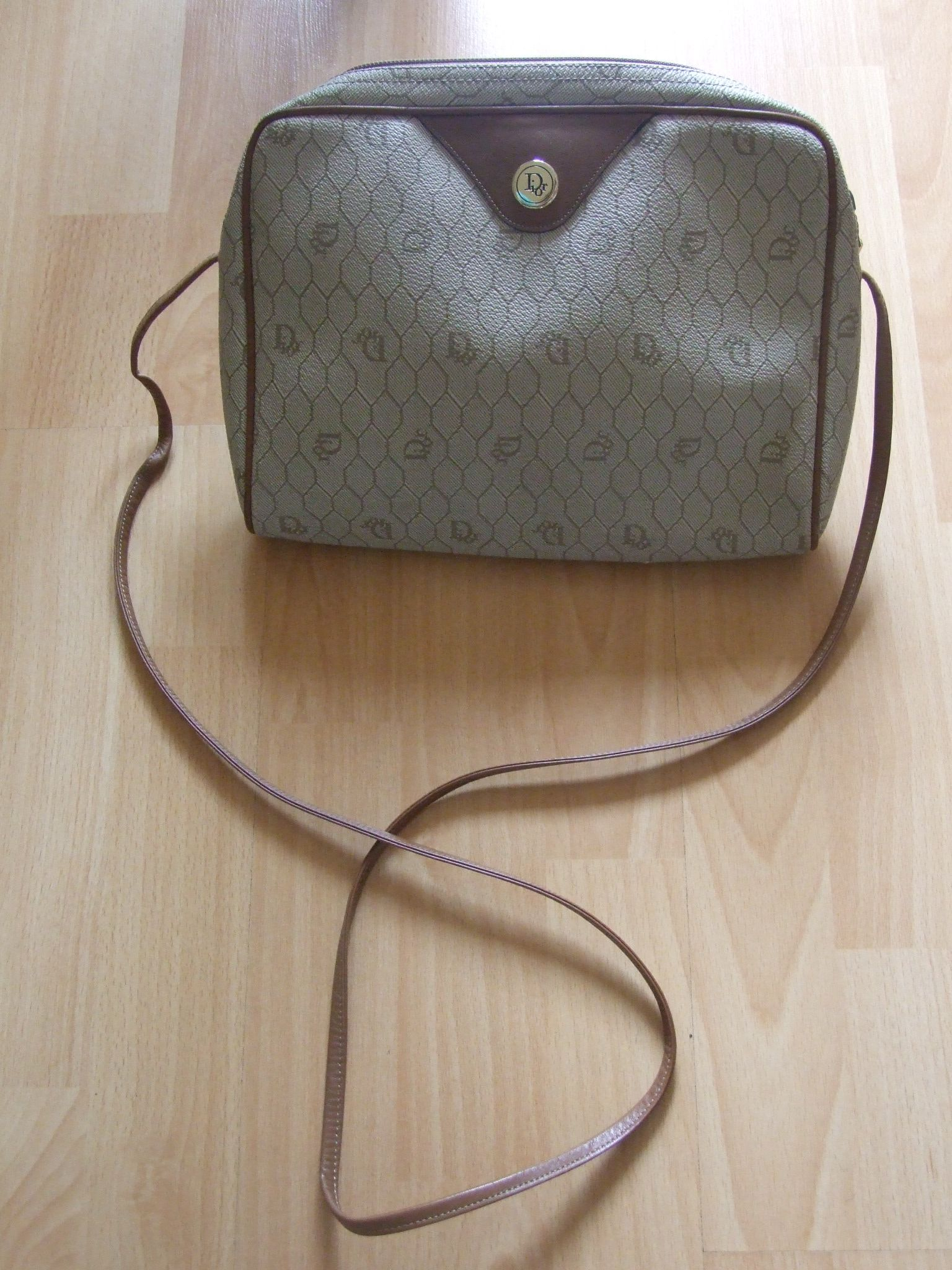 9849b139d37 Authentic Vintage Rare Christian Dior Logos Shoulder Bag Beige FRANCE