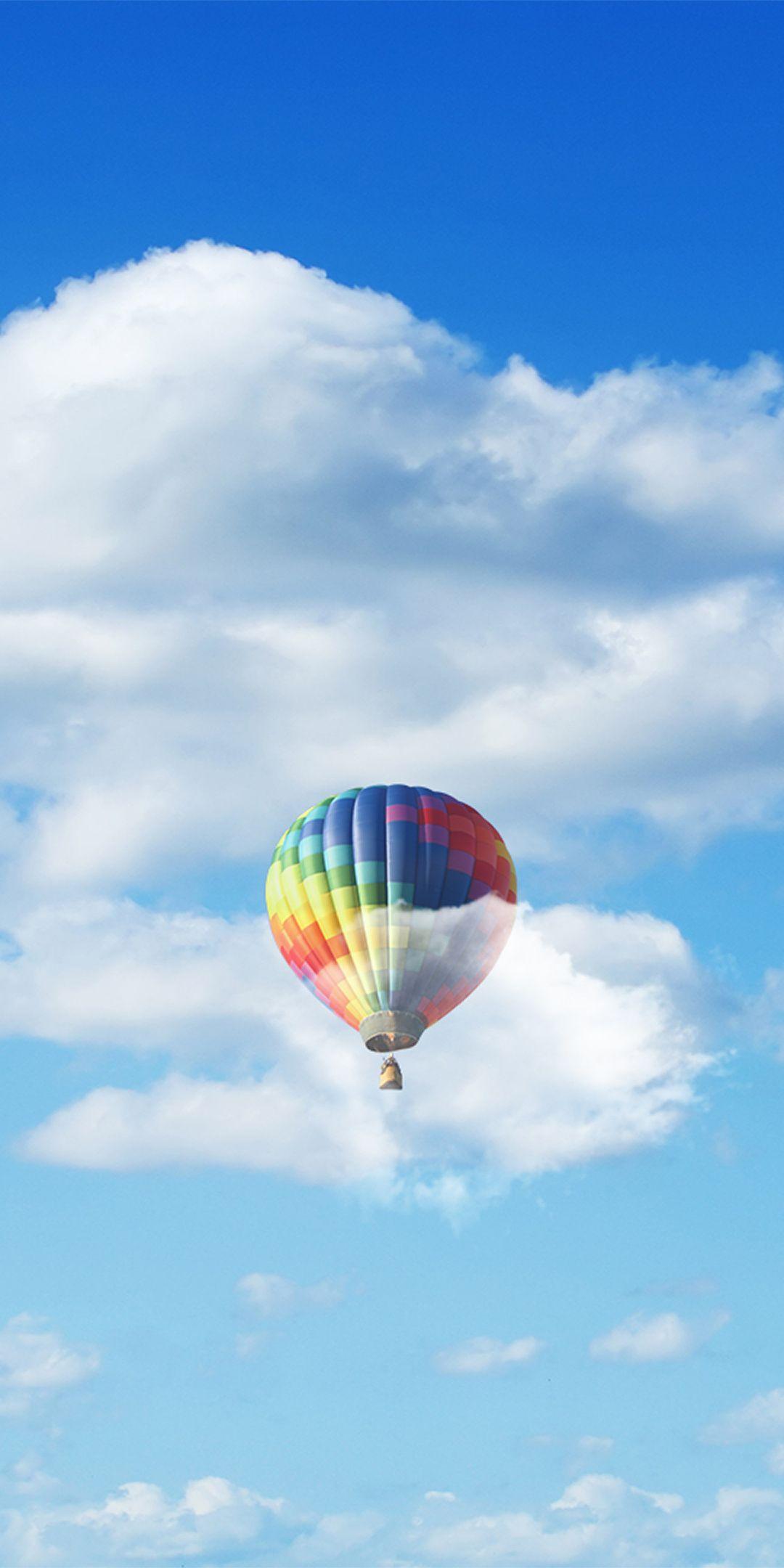 Hot Air Balloons Blue Sky Clouds 1080x2160 Wallpaper Hot Air Balloon Air Balloon Rides Hot Air Balloon Rides