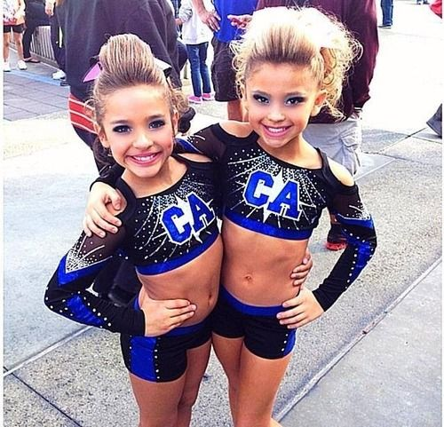 They Re So Wittle My Kids Will Be Like This One Day Im In Love 333 Haha Cheer Picture Poses Cheer Outfits Cheer Dance