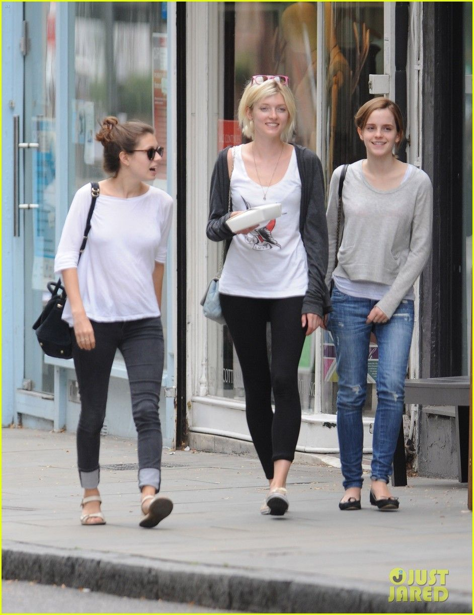 Emma with friends in London. (Aug. 23)