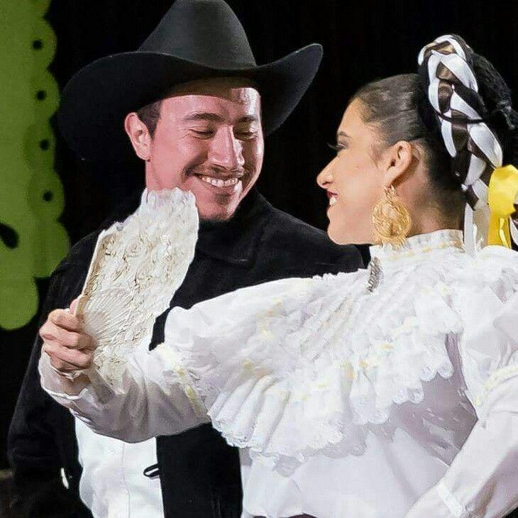 Nuevo León  - Ballet Folklorico Puro Mexico  www.puromexicoballet.ca