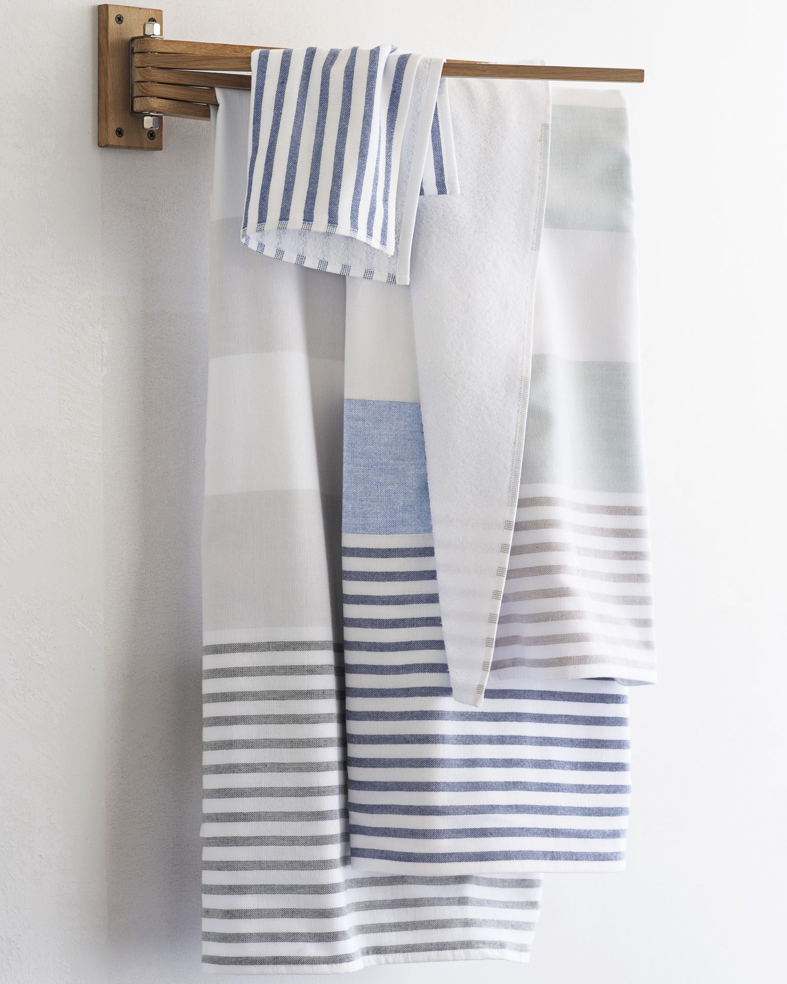 5b16bb433b Fouta Bath Towel - Bath Towels