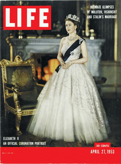 תוצאת תמונה עבור ‪cover magazin queen elizabeth the second‬‏