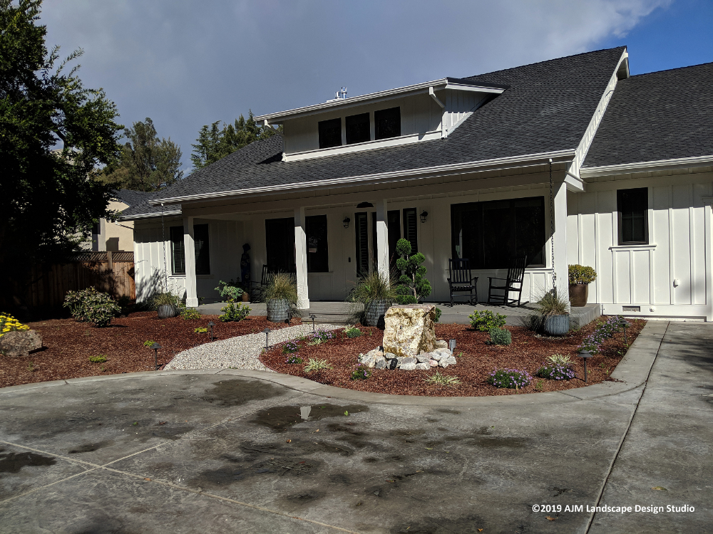 After Modern Farmhouse With Traditional Landscape Farmhouse Sacramento By Ajm Landscape Design Studi Traditional Landscape House Design Modern Farmhouse