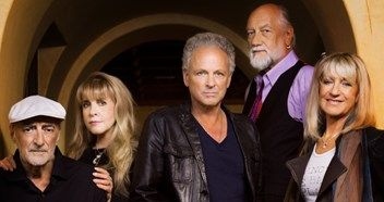 Fleetwood Mac to reunite with Stevie Nicks for a world tour
