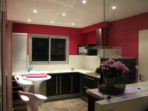 Cuisine semi ouverte rouge blanc et noir Maison Pinterest