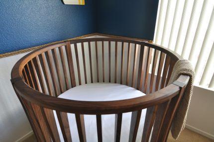Round Baby Crib Reader S Gallery Fine Woodworking Baby Crib