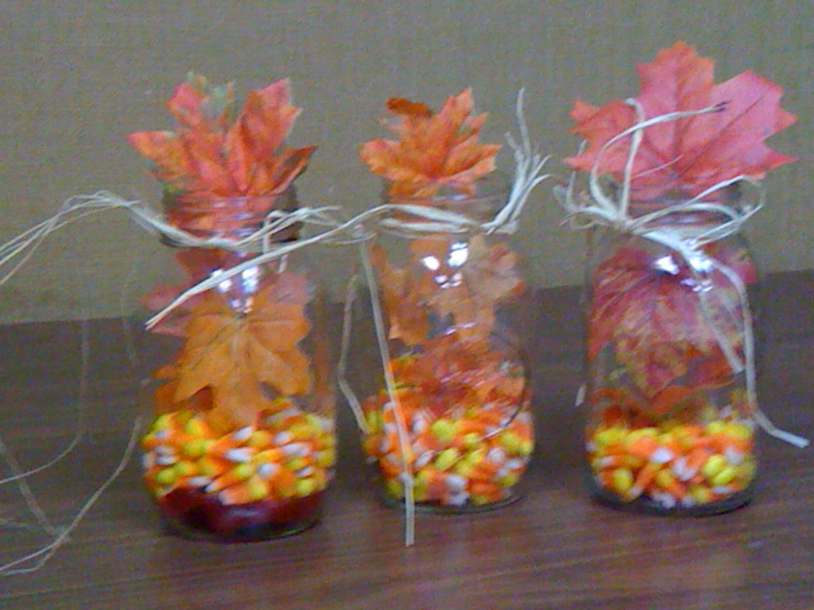 Decorating With Raffia Cute Fall Table Decorations Using Mason Jars Fill The Bottom With