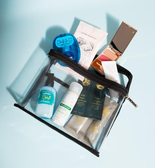 Travel Tips Packing Hacks Tips Essentials: How To Pack The Perfect Toiletry Case For Travel