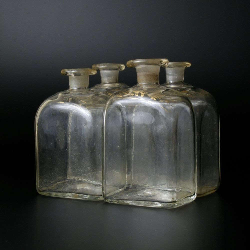 xviiie 4 flacon bouteille verre souffl 18eme liqueur parfum 18th century glass glass. Black Bedroom Furniture Sets. Home Design Ideas