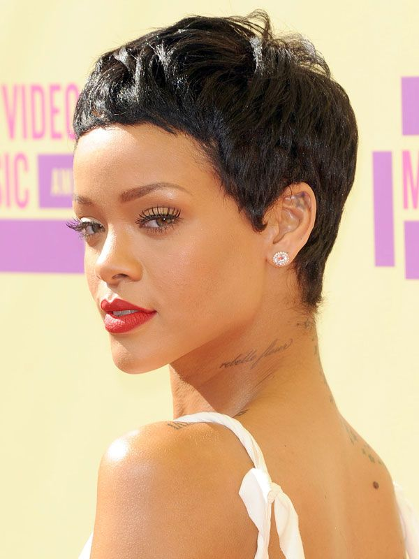 8 Trends Riri Started That We Totally Admit To Following Rihanna Hairstyles Short Hair Styles Really Short Hair