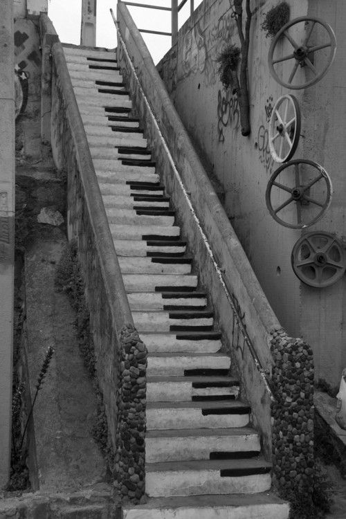 Fab photo ~ Killer Stairway